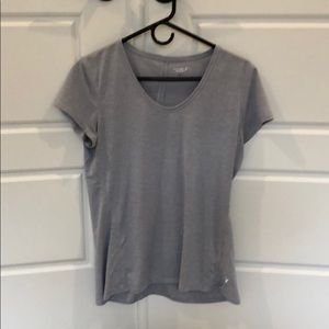 Old Navy Go Dry Short Sleeve Workout Top. Medium.